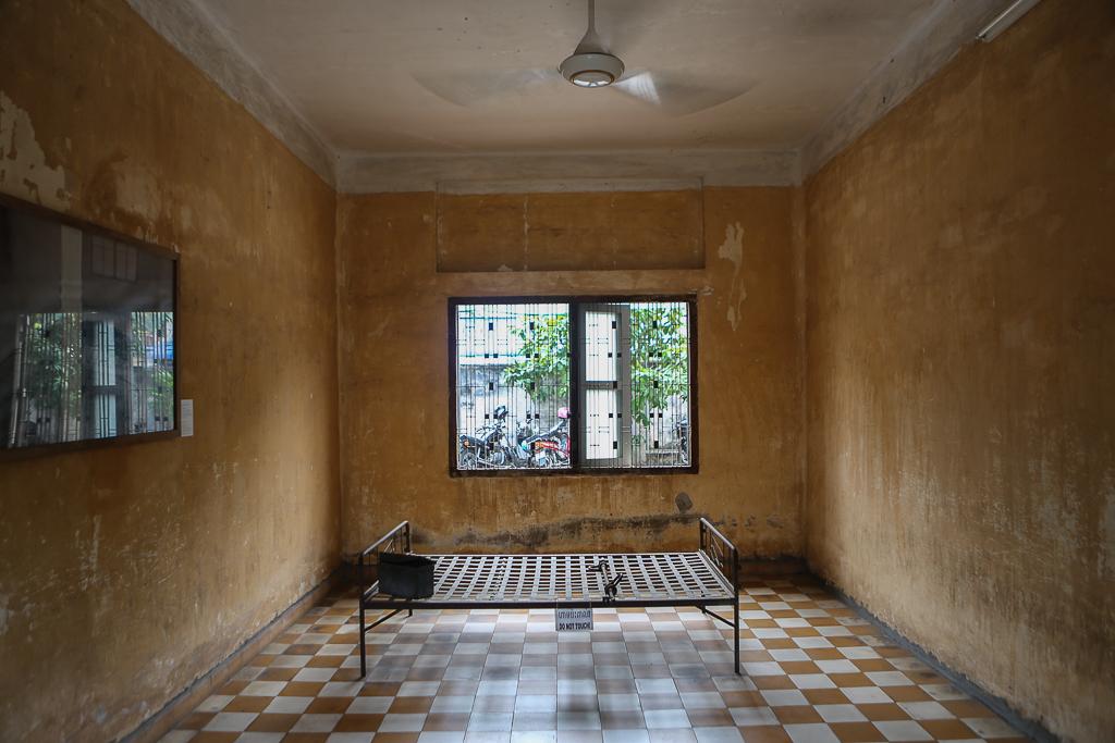 Phnom Penh S21 Torture Prison-1