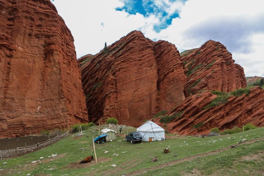Yurt at Djeti Oguz-6014