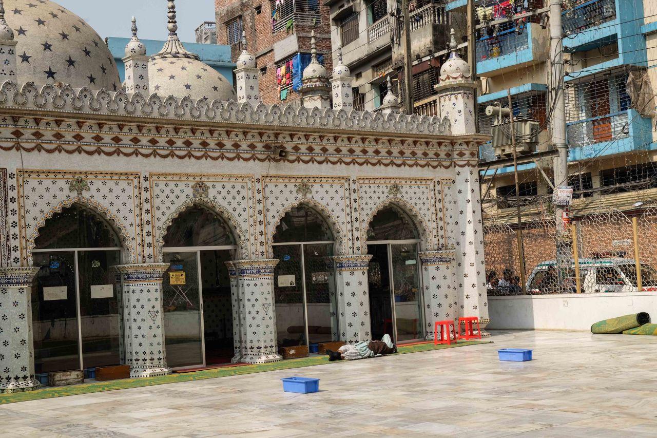 Star_Mosque_Tara_Masjid_Dhaka_Bangladesh-1713
