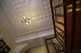 Cuba_hallway_livingroom_4