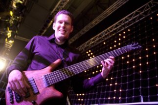 Johnny Cox Warwick Thumb Bass 2