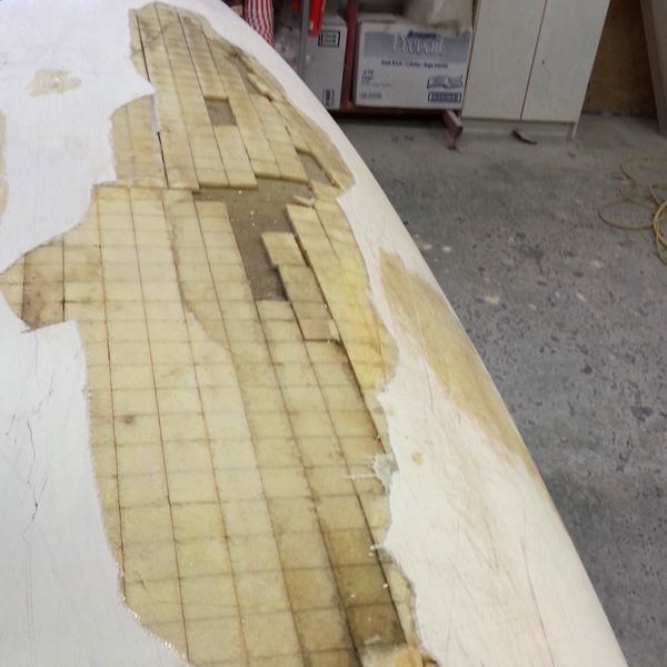 Canoe hull and gelcoat repair