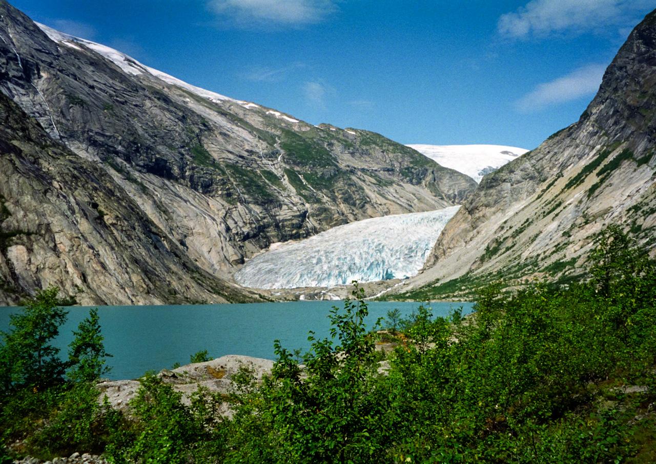 1 Norway-Glacial Flow
