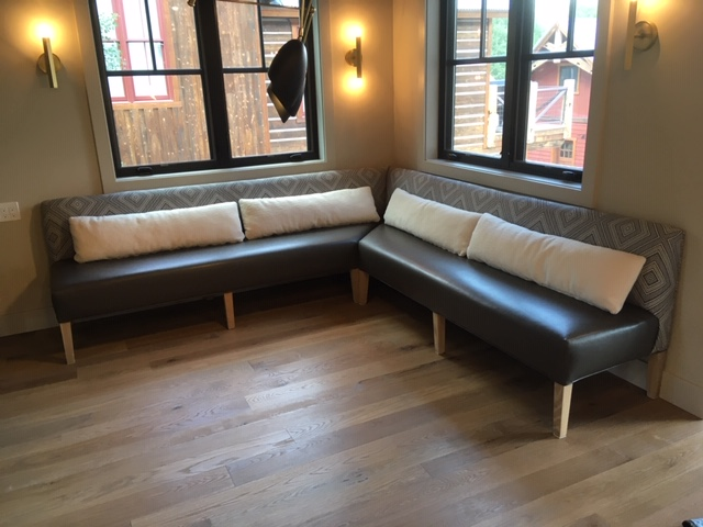 free-standing banquette