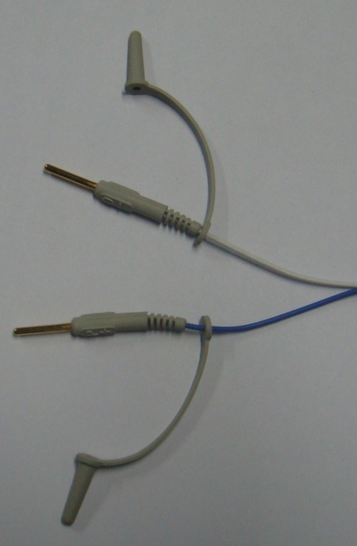 Proximal connectors of a pacing lead