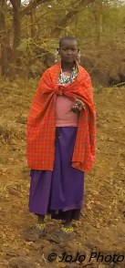 Maasai Girl on road to Ngorongoro Crater