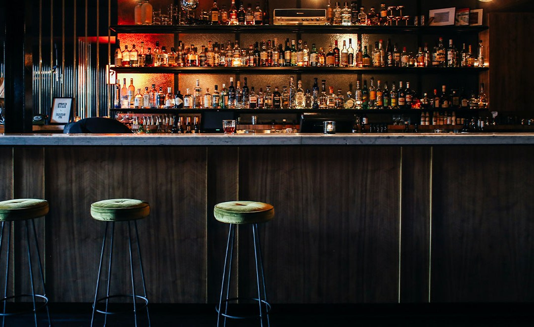 How to Choose the Best Barstool for Your Restaurant