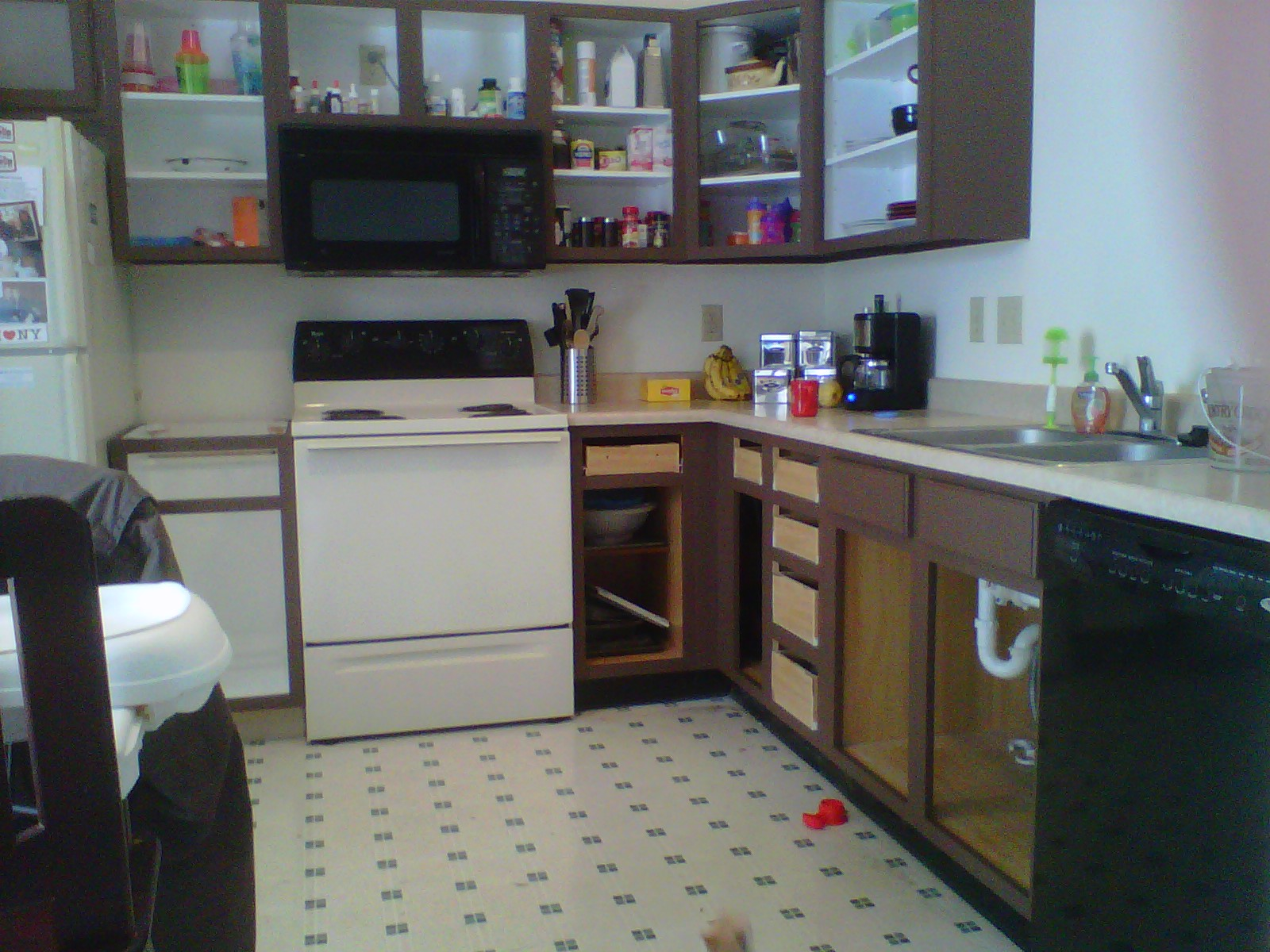 Kitchen Cabinet Inside Cabinets