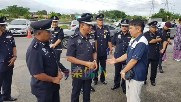 總警長:只收集資料 警員別到夜總會消遣   中國報 Johor China Press
