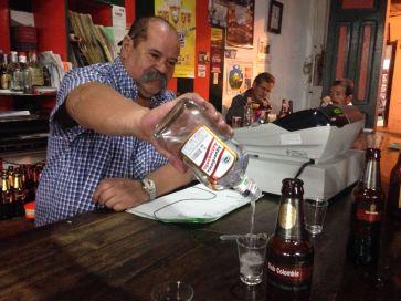 Jairo in Bar Danubio