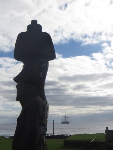 Moai and sailboat
