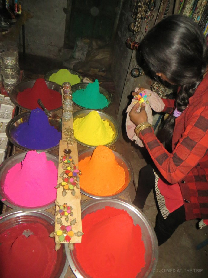 Colourful dyes