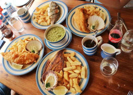 The Scallop Shell is a seafood restaurant with fish and chips, grilled fish and other seafood. The lunch menu is for fish and chips, and the price is about £10. Photo by Serina