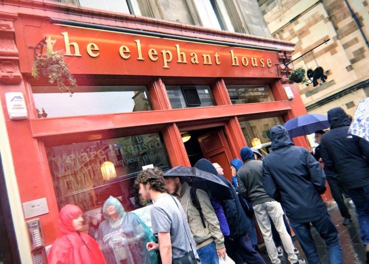 愛丁堡edinburgh:大象咖啡屋 the elephant house。J.K.羅琳在此創作「哈利波特」小說第二與第三集。