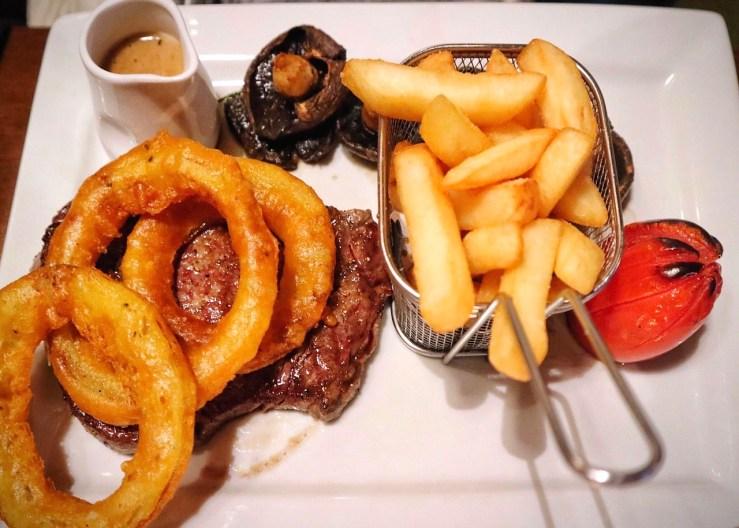 Hotel Eilean Larmain: Angus steak