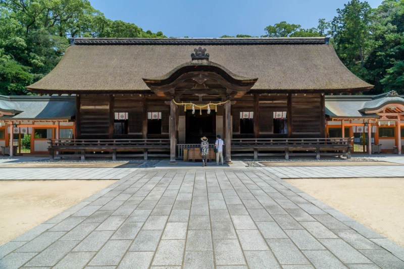 Omishima Oyamazumi Shrine grounds