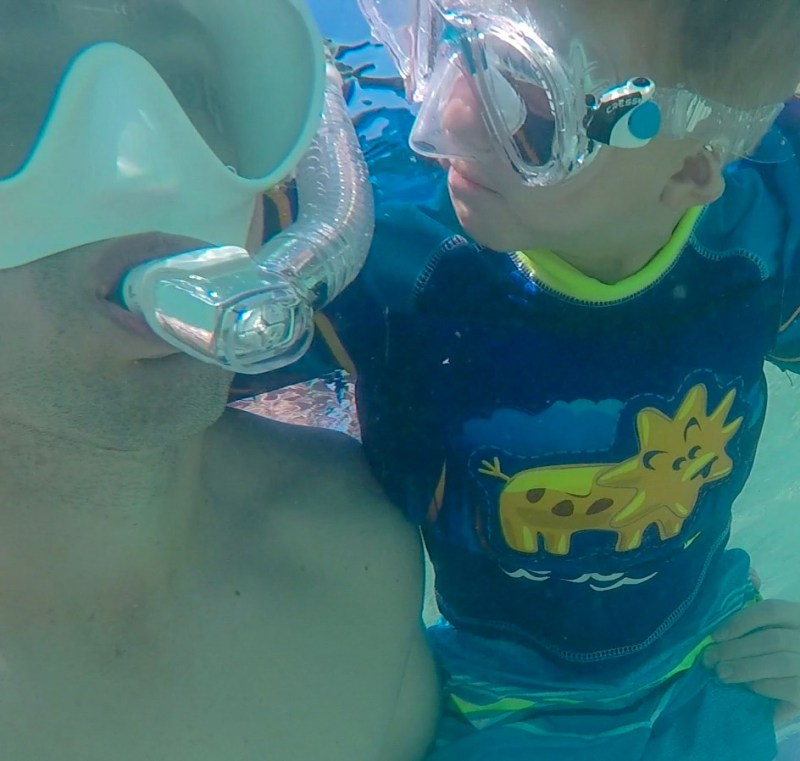 How to Snorkel- snorkeling with dad