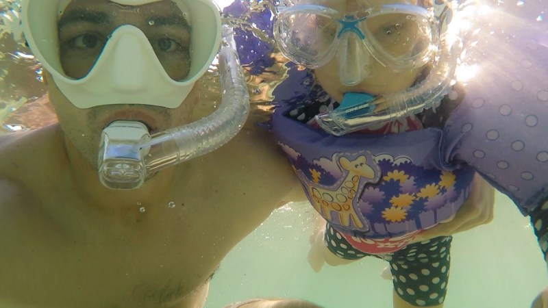 Ishigaki Father and daughter snorkel