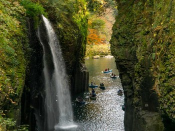 Takachiho Gorge Waterfall and boats
