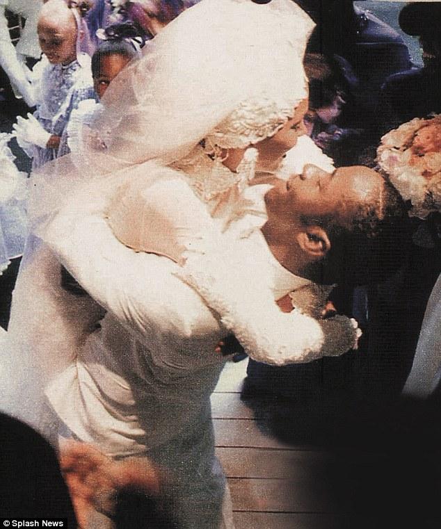 Houston Whitney Cake Wedding