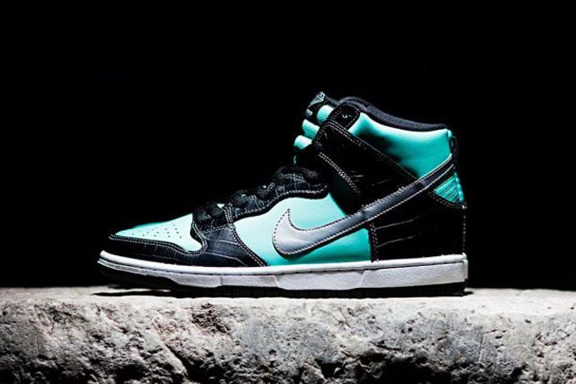 d26b4af31b24 Sneaker Freak  Nike SB x Diamond Release Tiffany s Inspired Dunk High