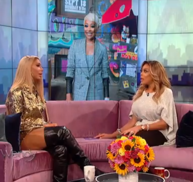 Must See: Tamar Braxton Talks Issues with Monica, Not Making Anymore Albums, Teases Toni Braxton & Birdman Are Married+Gets Side Eye For 'Blind' Performance at 'Wendy'