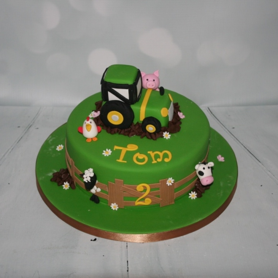 Tractor  farmyard animals cake