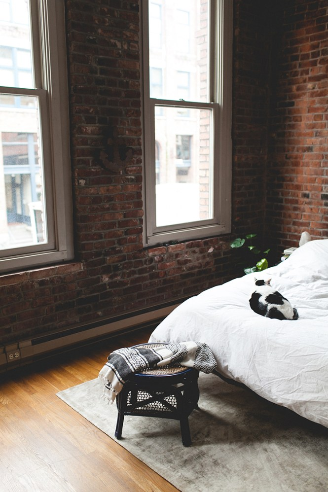 How To Use Rugs Define Es In A Studio Apartment