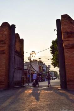 Tha Pae Gate (Chiang Mai) - 13