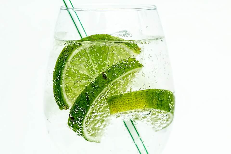 How to treat the skin? keep the skin hydrated. Try lemon water or adding other fruits to water.