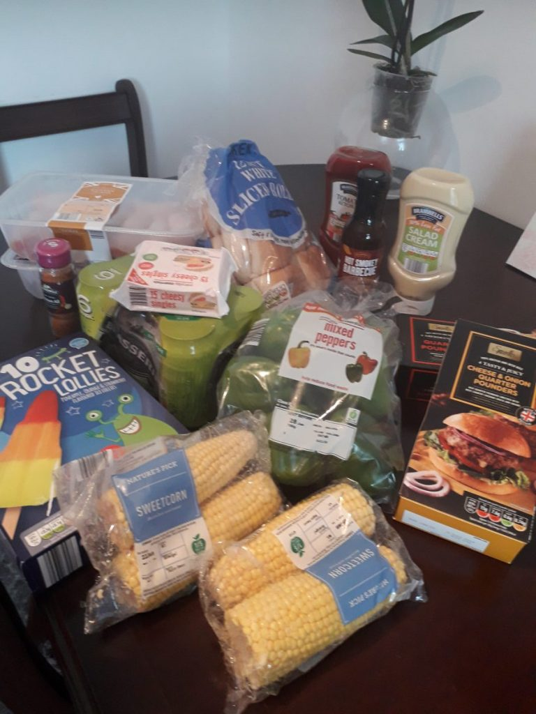 We are so confident you will change your supermarket to Aldi when you see how we managed to have a BBQ with all the supplies we needed from Aldi! Want to do things the frugal way and stay within your budget? Go, Aldi!