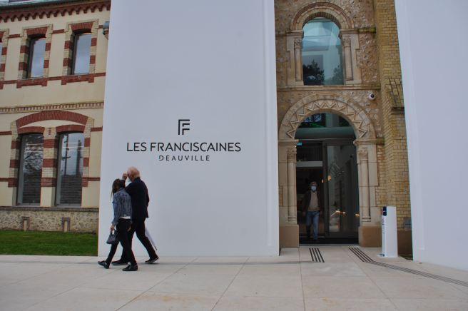 Un bel exemple de reconversion aux Franciscaine, à Deauville. ©Joli.Voyage