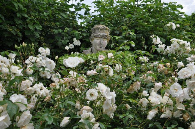 Au jardin des personnalités, à Honfleur. ©Joli.Voyage