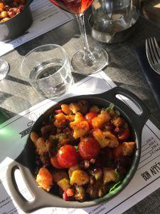 Scampi et chorizo, une association savoureuse de l'Escale, à Saint-Pair-sur-Mer Le restaurant L'Escale, à Saint-Pair-sur-Mer. ©Joli.Voyage