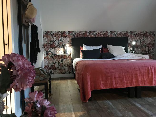 Les chambres sont confortables à la Cotentine. ©Joli.Voyage