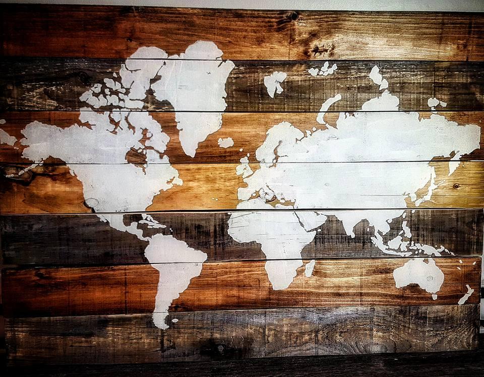 Des superbes cartes du monde composes de 7 planches de bois  Joli Joli Design