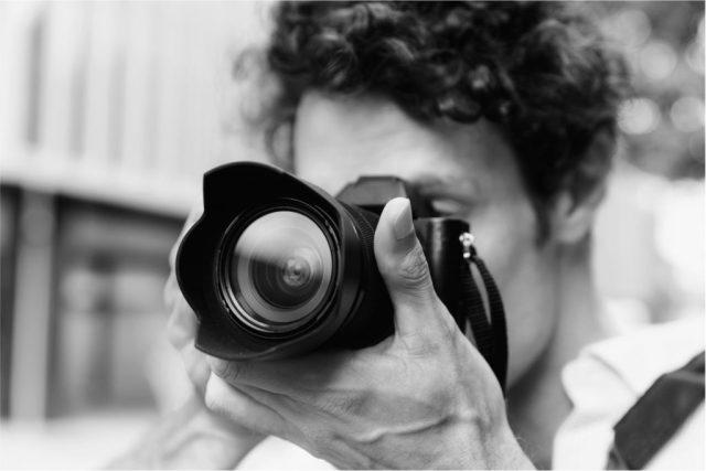 カメラ 一眼レフ ミラーレス