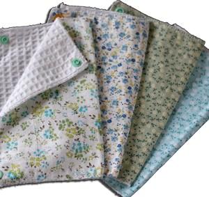 Lot essuies tout lavables, motifs fleurs bleues