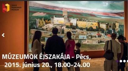 Pécs: képnézegetők a Múzeumok éjszakáján.