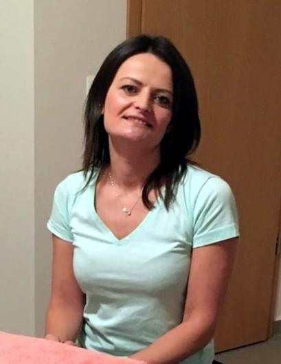 Hegedüs Monica, a Bowen masszázs, terápia alkalmazója.