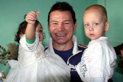 Erdei Zsolt, Madár, kisgyerekekkel