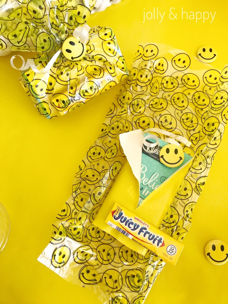 smiley face good bags