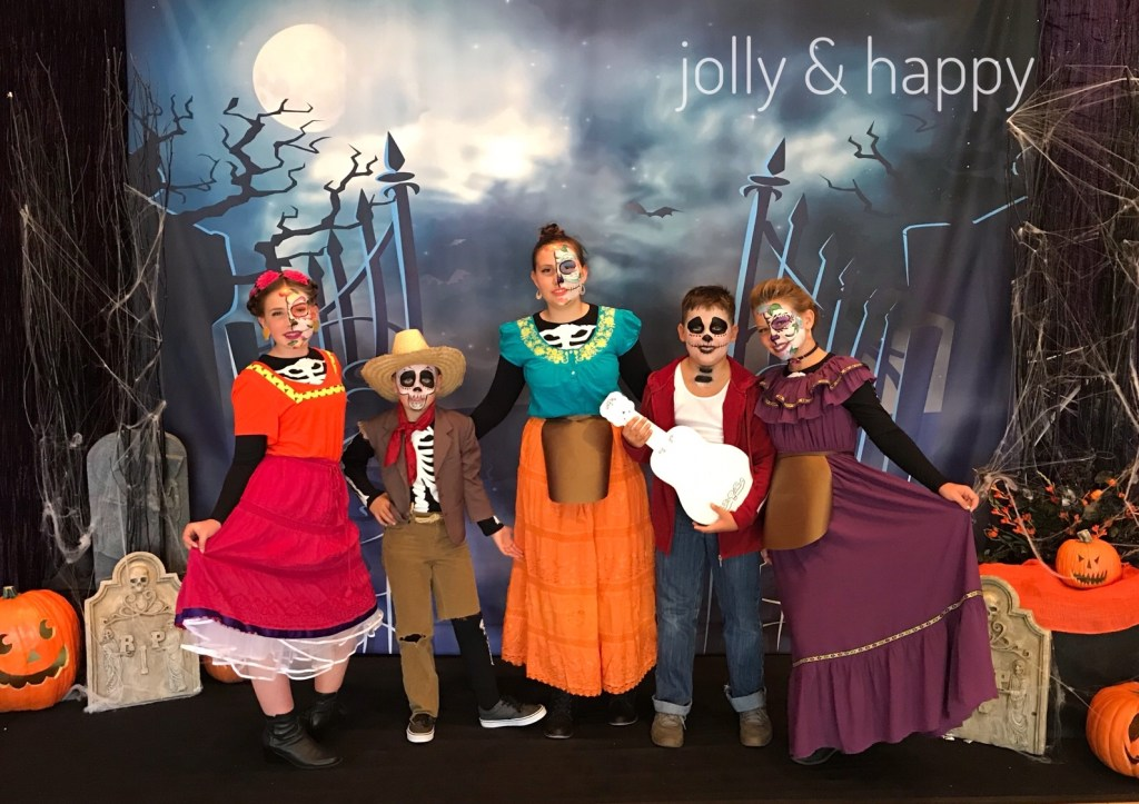 Diy Halloween costumes Disney's Coco
