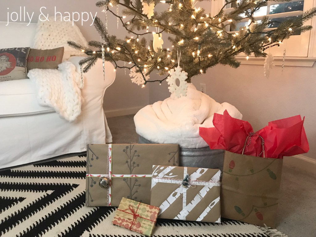 DecorArt DIY Wrapping Paper presents