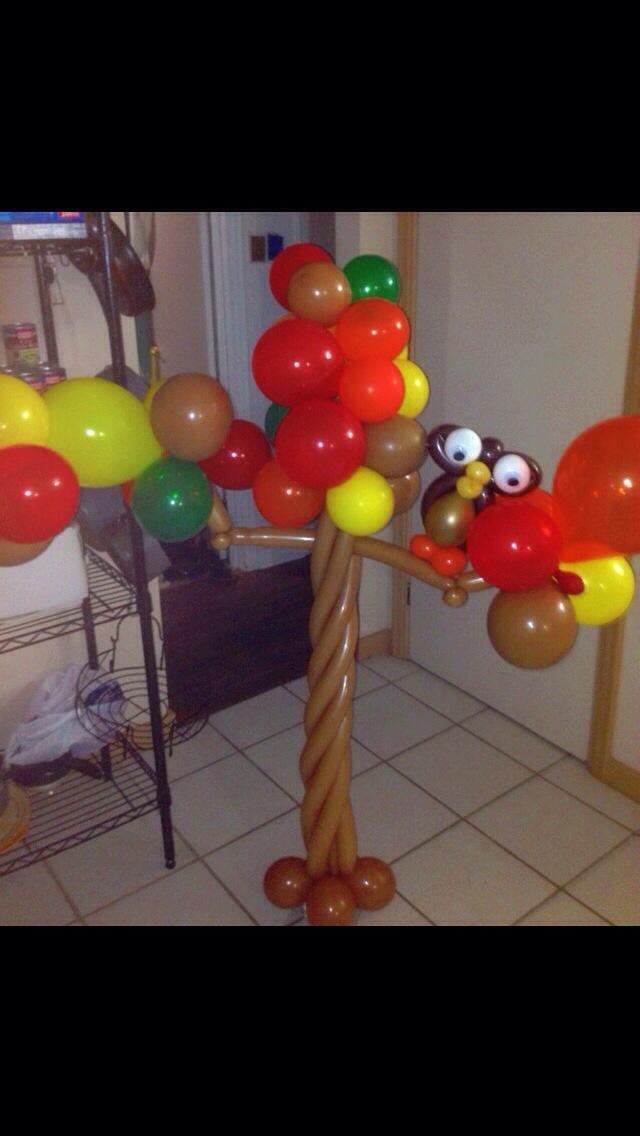 Fall Themed Party Balloon Decor  Jolly Holly Balloon Art