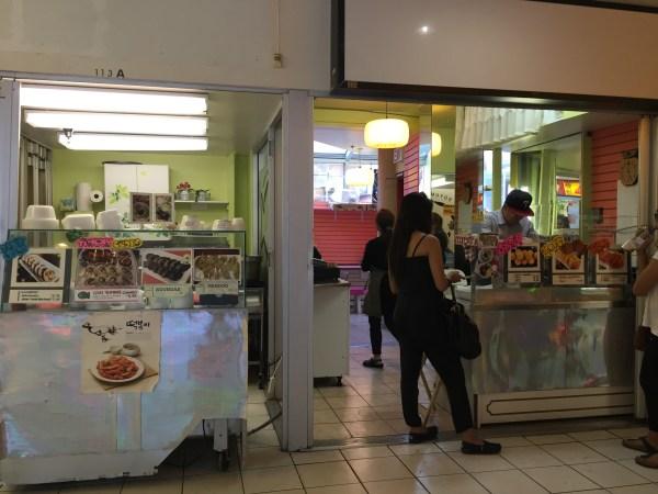 Sso Yummy food stall.