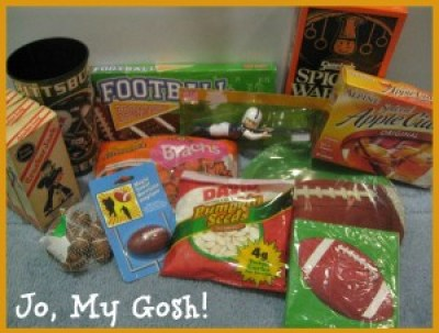 Care package ideas for fall. Perfect for deployed military, college students, and missionaries.