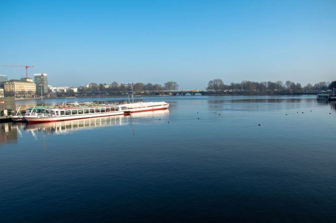 Hamburg_Alster-01
