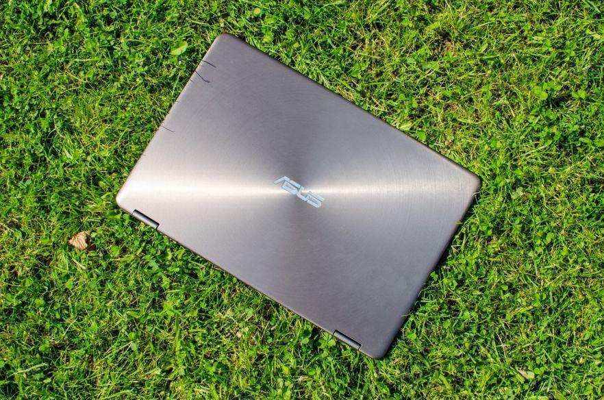 20160812-Asus-Zenbook-Flip-UX360CA-geschlossen-2