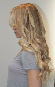 beige blonde extensions and highlights